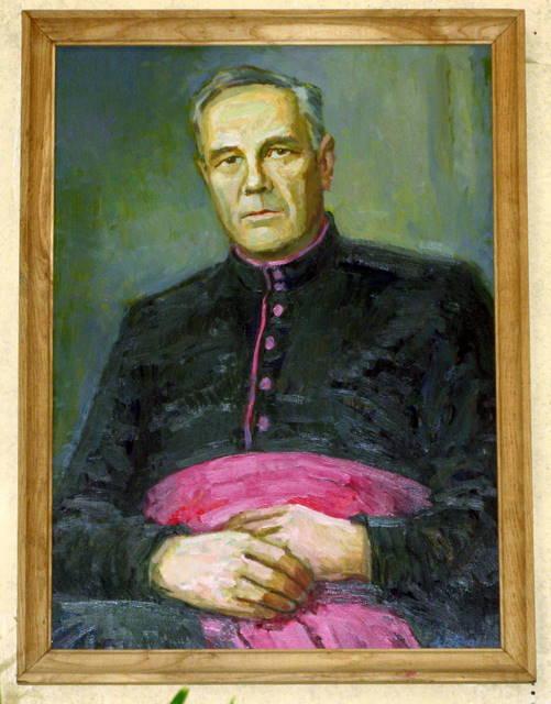 Monsinjoro Alberto Talačkos portretas Anykščių bažnyčioje (dail. A. Latėnas)
