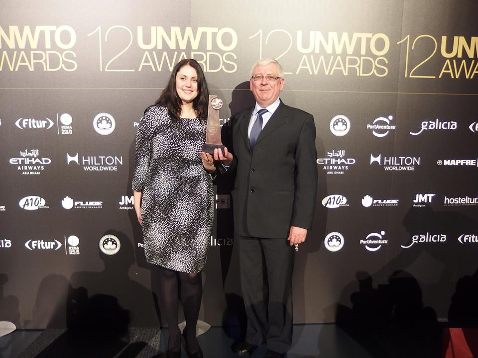 K. Šerepkai Madride įteiktas Pasaulio turizmo organizacijos pagrindinis apdovanojimas. Anykščių regioninio parko direkcijos nuotrauka.