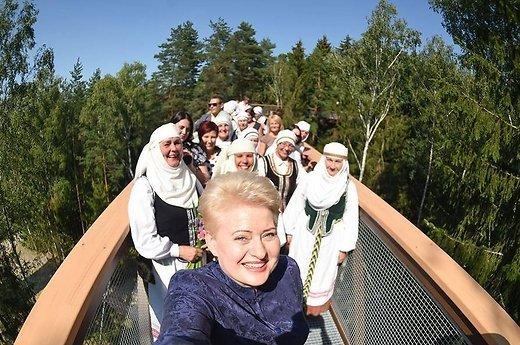 Pirmoji Lietuvos Respublikos Prezidentės D. Grybauskaitės asmenukė.