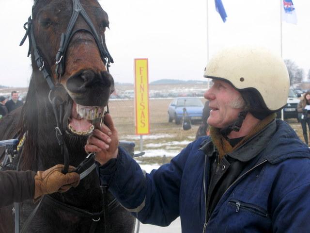 Jonas Bernotas su savo žirgu Mercedes