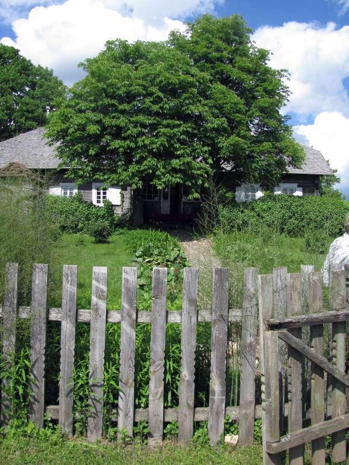 Didžiulių memorialinė sodyba-muziejus Griežionėlių kaime.