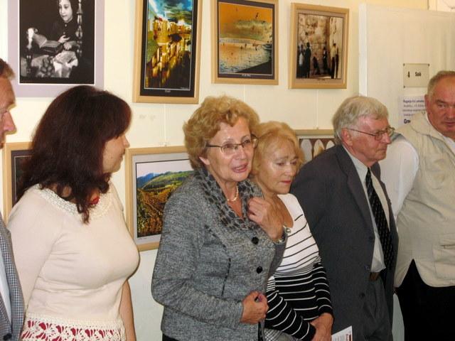 G. Fridbergo žmona Lidija (centre) į Anykščius atvyko kartu su savo kurso draugais gydytojais.