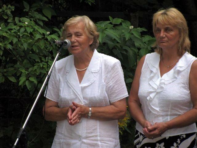 Atsiminimų rinkinio sudarytojos P. Petrylienė ir L. Danielienė
