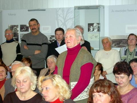 Sueigos dalyviai, kalba Vitalija Girkuvienė