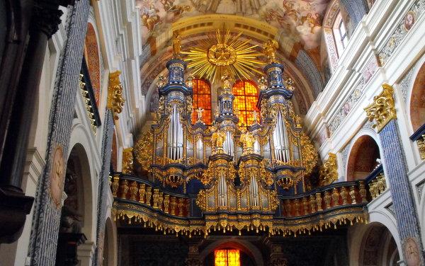 Įspūdingieji Šventos Liepos bažnyčios vargonai.