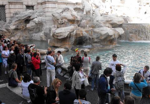 Roma, Trevi fontanai