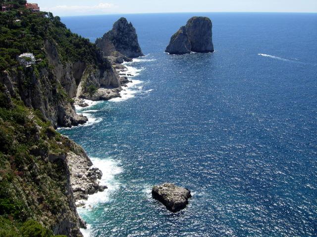 Kaprio sala - rojaus kampelis žemėje