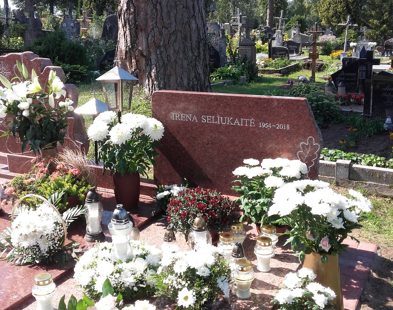 I. Seliukaitės kapas Tverečiaus kapinėse. L. Klimkos nuotrauka.