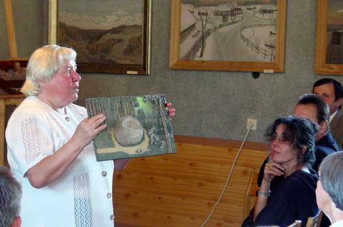 Mokytoja A. Daugilytė išsaugojo vieną pirmųjų S. Petraškos paveikslų.