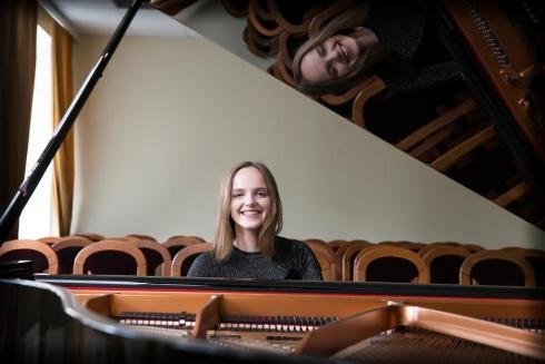 Pianistė Milda Daunoraitė. Olgos Posaškovos nuotrauka.