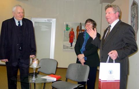 Padėka is susižavėjimas kompozitoriumi - iš Anykščių savivaldybės administracijos direktoriaus pavaduotojo Valentino Patumsio lūpų