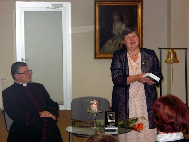 Kan. S. Krumpliauskas ir dr. A. Vasiliauskienė.