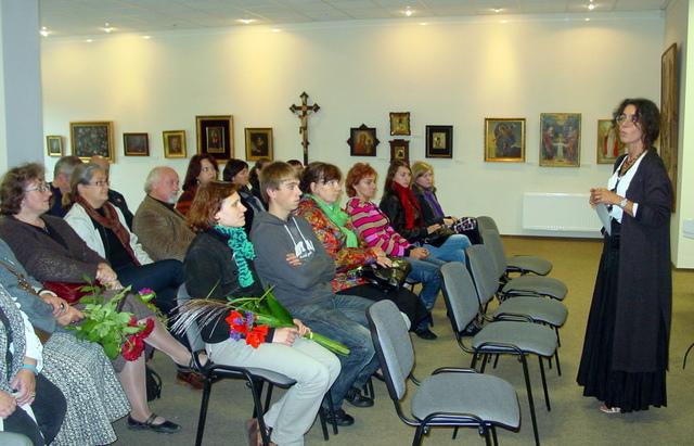 Parodos atidarymas Sakralinio meno centre. Ekspediciją pristato dr. Jolanta Zabulytė.