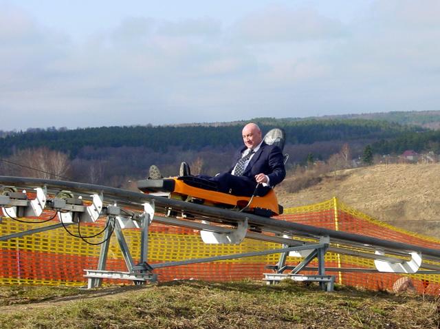 Gruzijos ambasadorius Lietuvoje G. Kerdikošvilis išmėgino lietuviškas kalnų pramogas