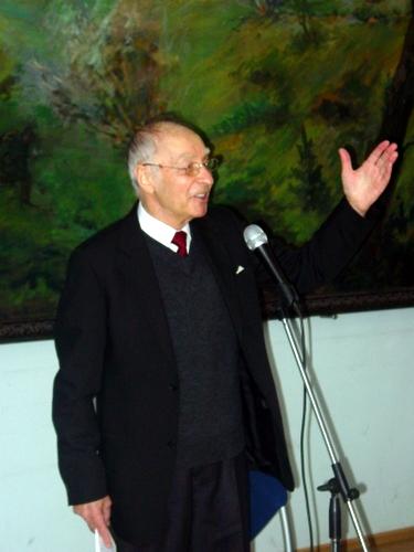 Aktorius F. Jakšys.